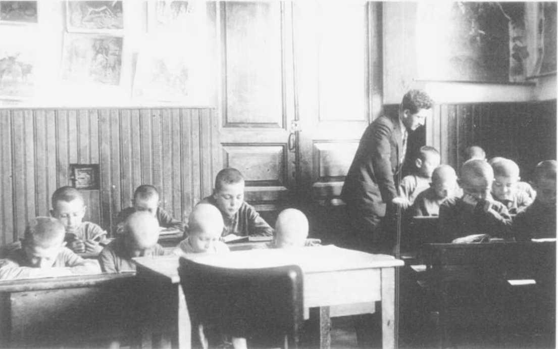 Camps & Ghettos Photographs: The Warsaw Ghetto
