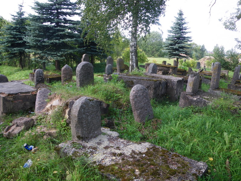 jumble of headstones
